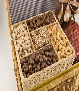 deluxe-celebration-basket-large-12