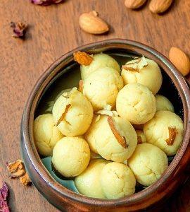 rasgulla-desserts-sweetsbengali-rasgulla-recipe-f61914